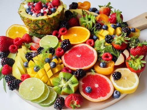 Assiette garnie de Fruits & Légumes.jpeg