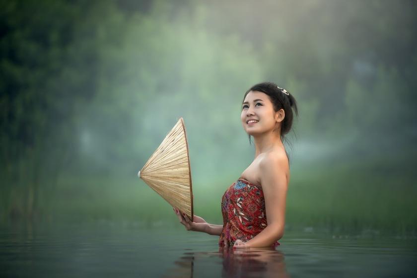 Jeune-Asie-Cambodge-Visage-Femme-Jeunefille (Crédit image Sasint)