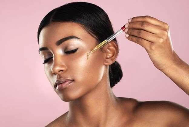 beauté-femme-huiles-essentielles-visage